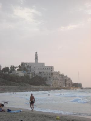 Der Blick auf Yafo vom Strand aus